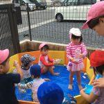 プール、水遊び。避難訓練。もも組さんの給食風景です。